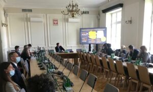 Posłowie europejskiego i polskiego parlamentu apelują o nałożenie sankcji na białoruski cement